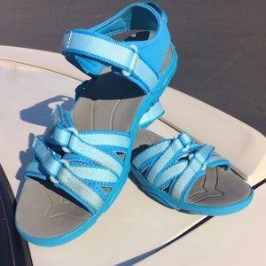 Teva Girls Size 3 Tirra Sandal. Water 💦 Ready.